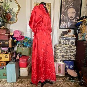 1970's Kimono Mumu- made of nylon? weird cool